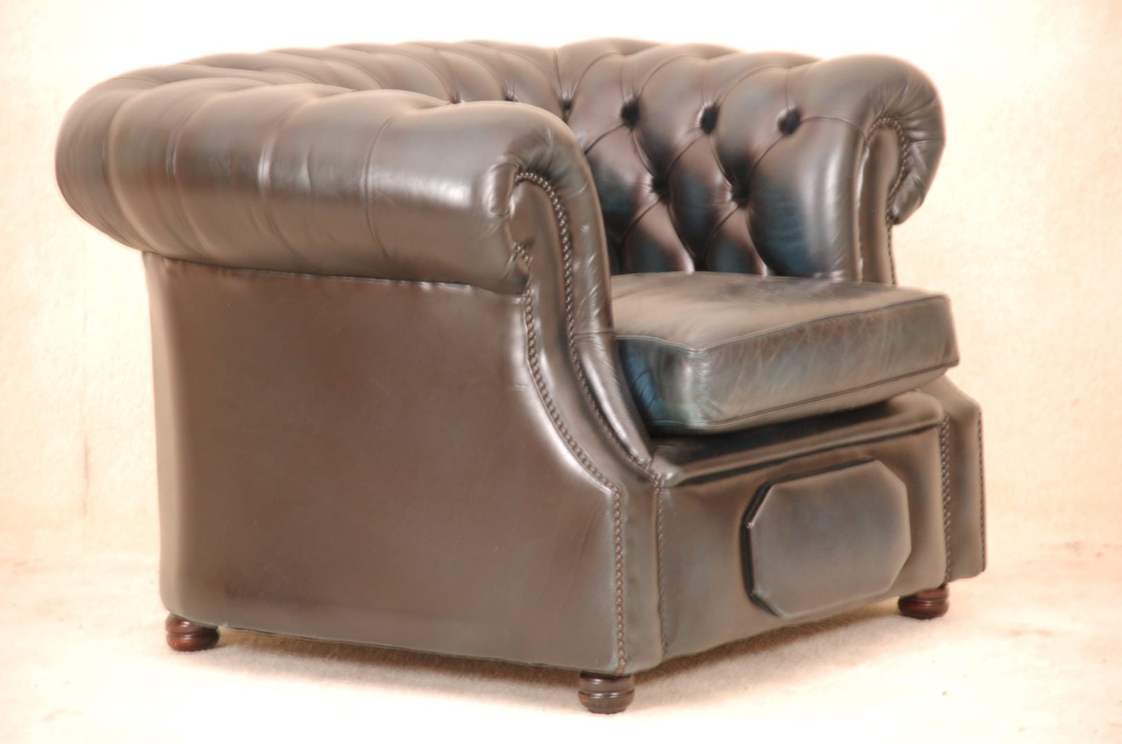 173323_9771-blauwe chesterfield fauteuil
