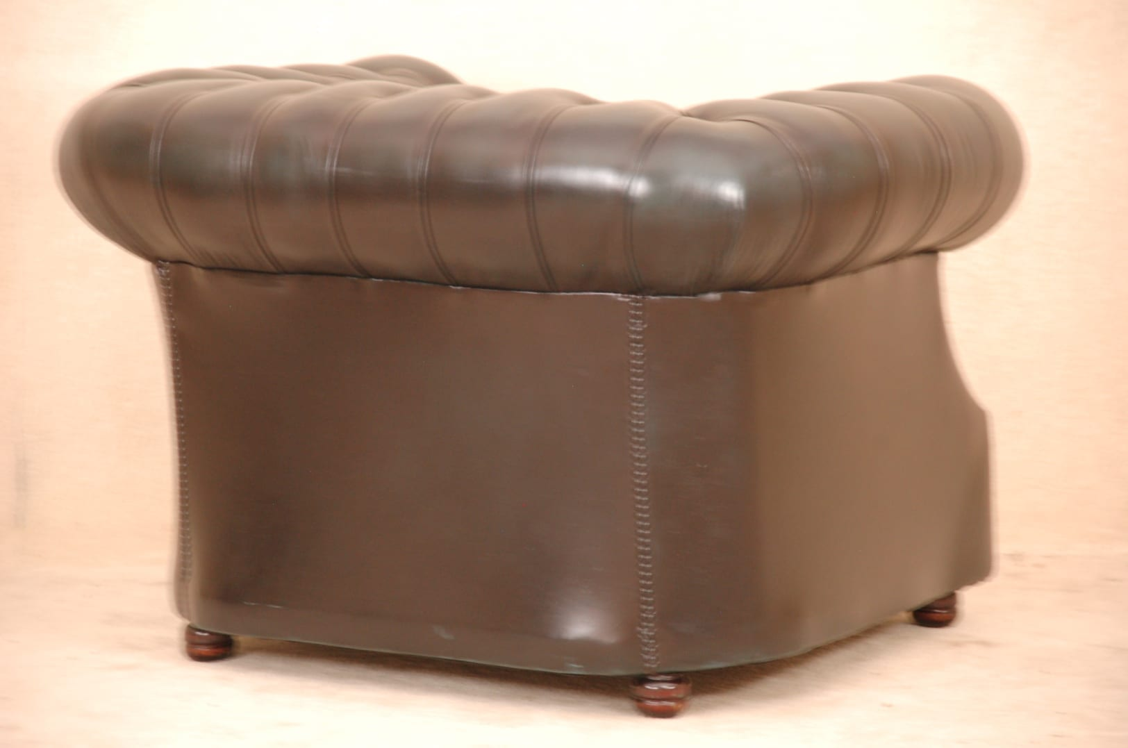 173323_9773-blauwe chesterfield fauteuil