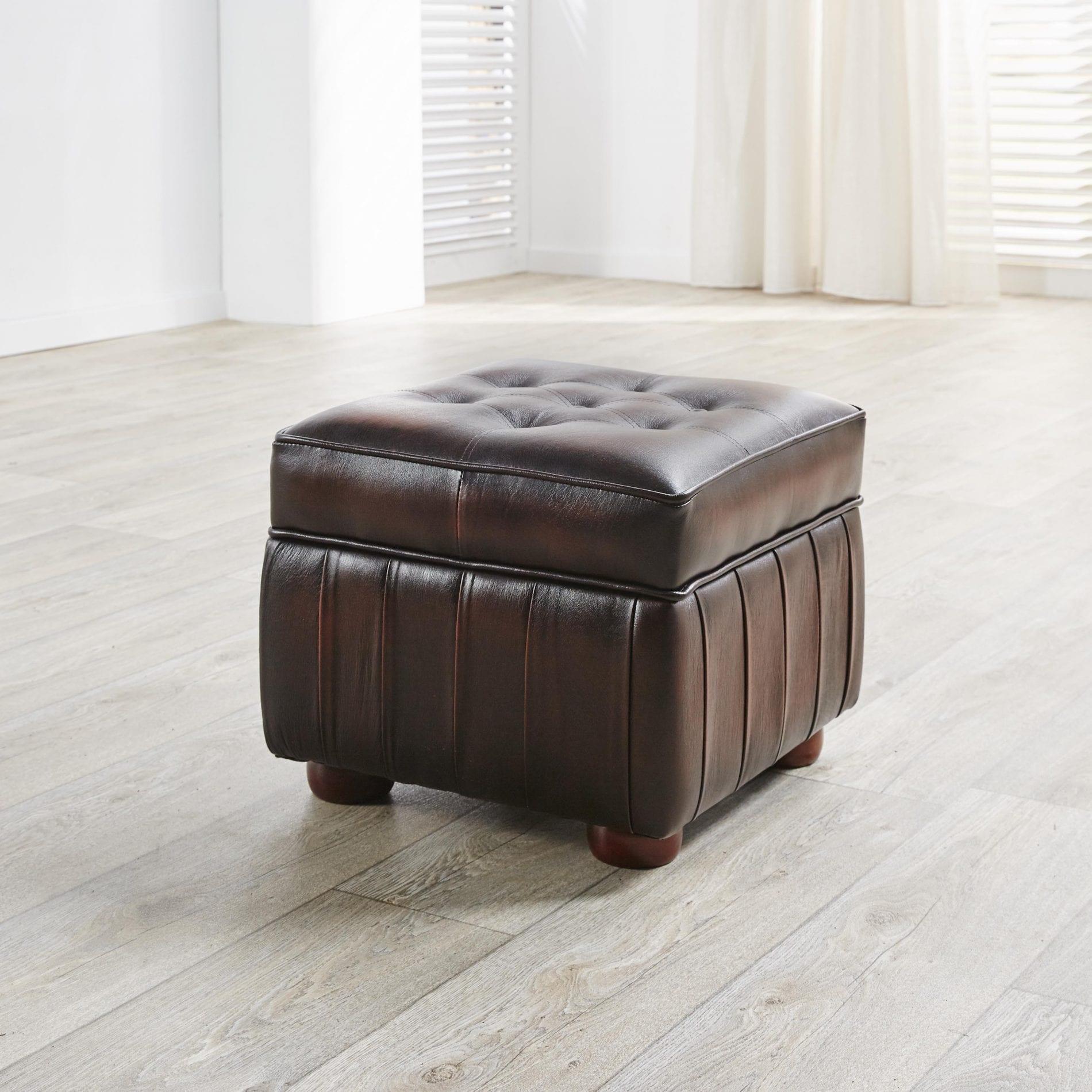 Delta-chesterfield-traditioneel-pouffe-box-dichte-top