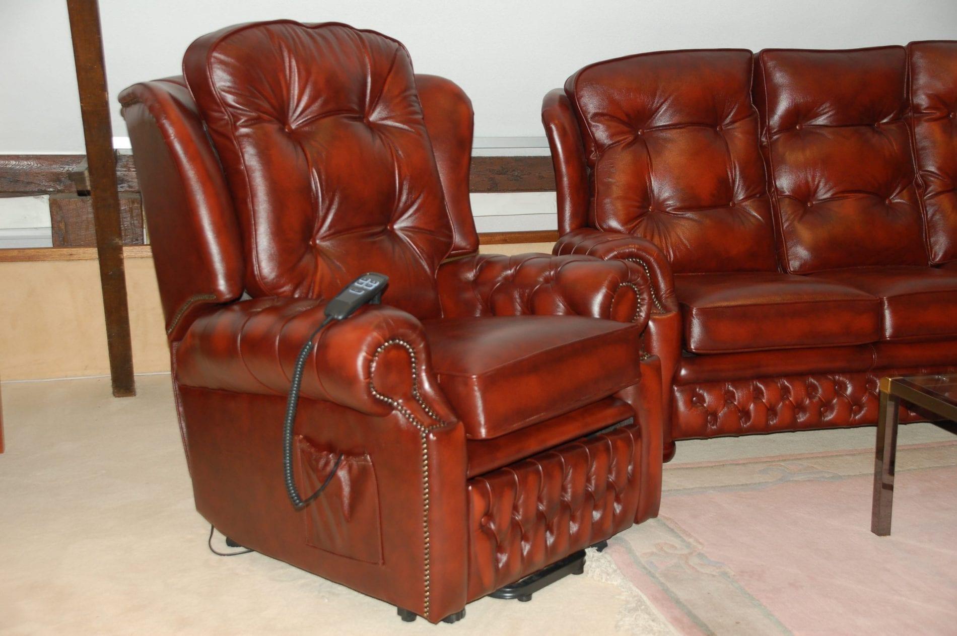 Delta-chesterfield-traditioneel-relax-stoel-Sandringham-Dualmotor-zijaanzicht