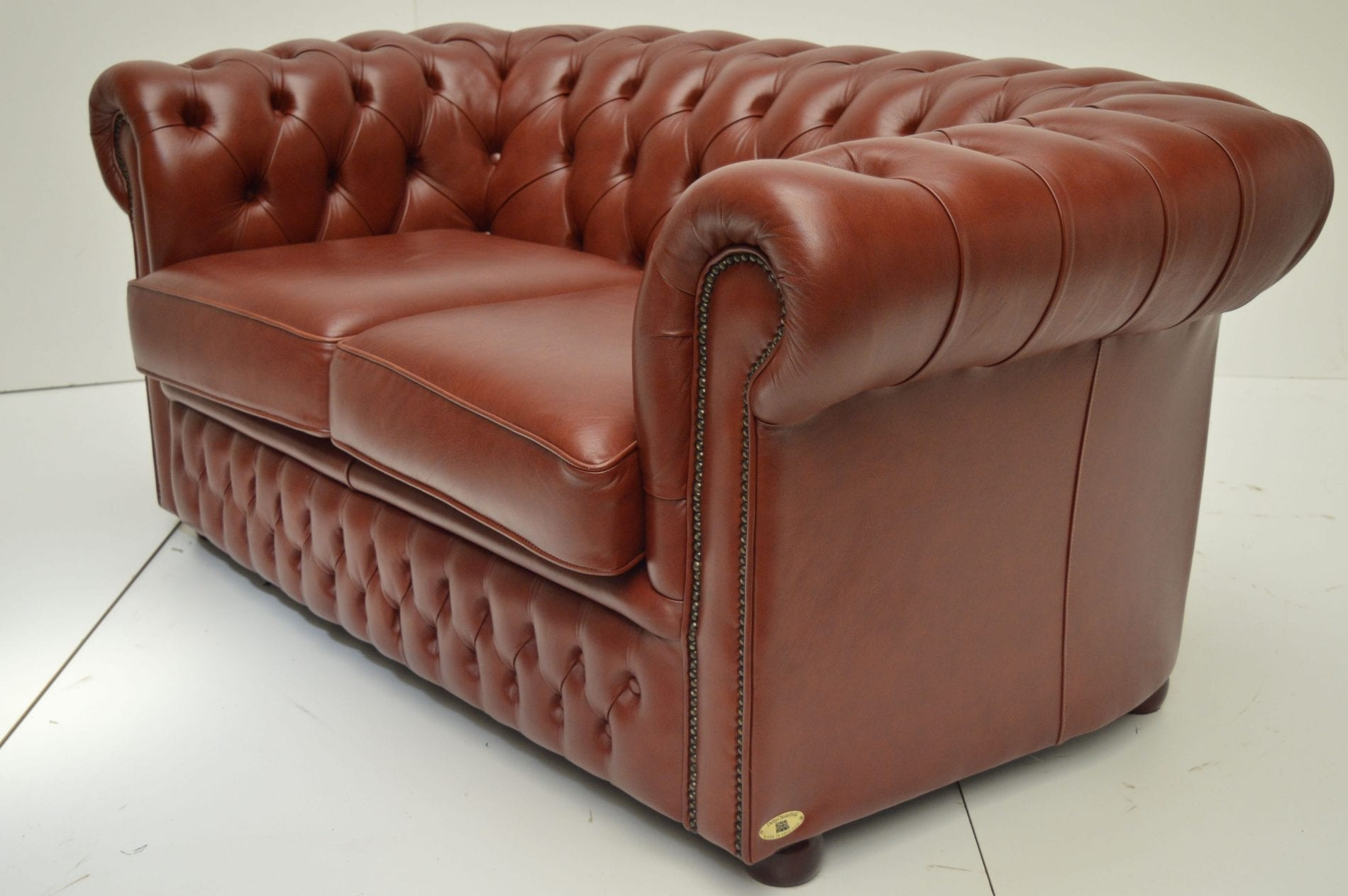 3-2 set chesterfield in luxury leather