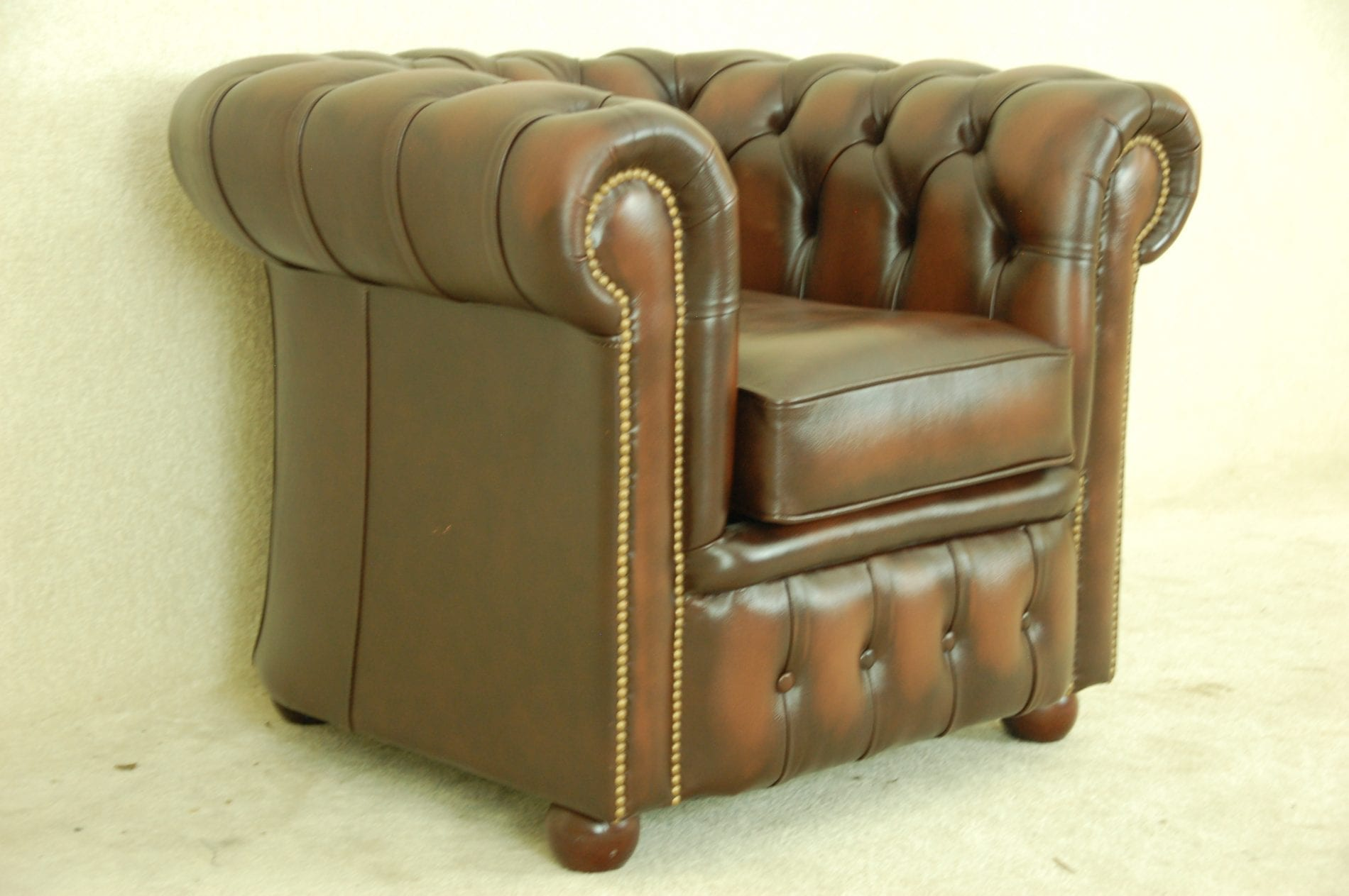 Eton chesterfield fauteuil in het bruin