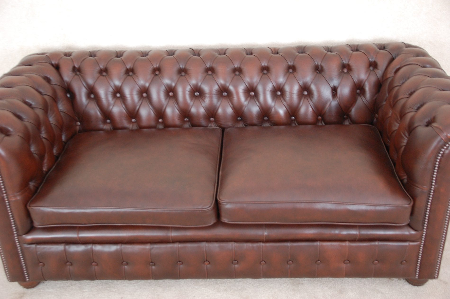 traditonele pieced chesterfield bank nieuw