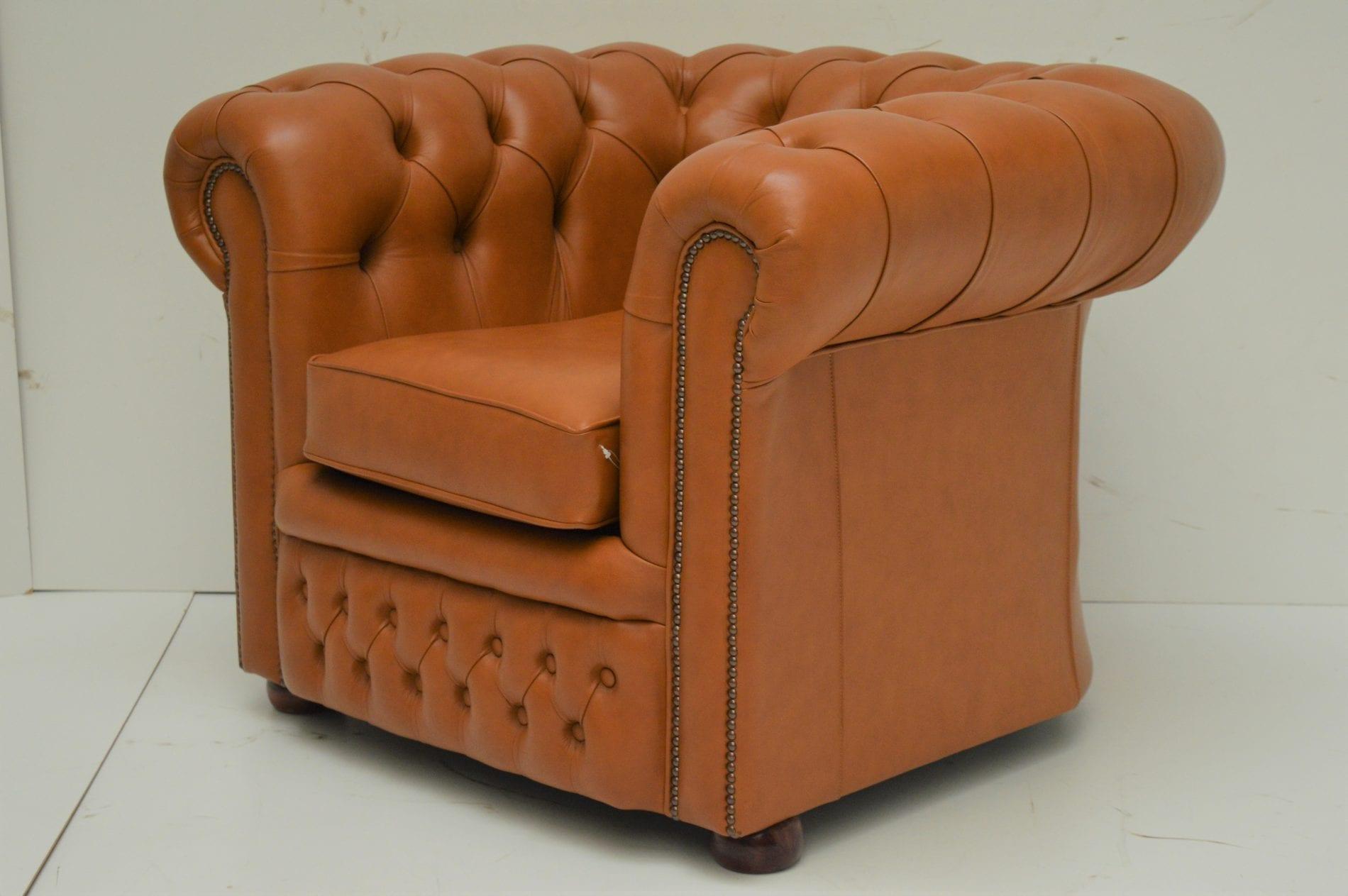 Gebruikte cognac kleurige Burnley chesterfield stoel