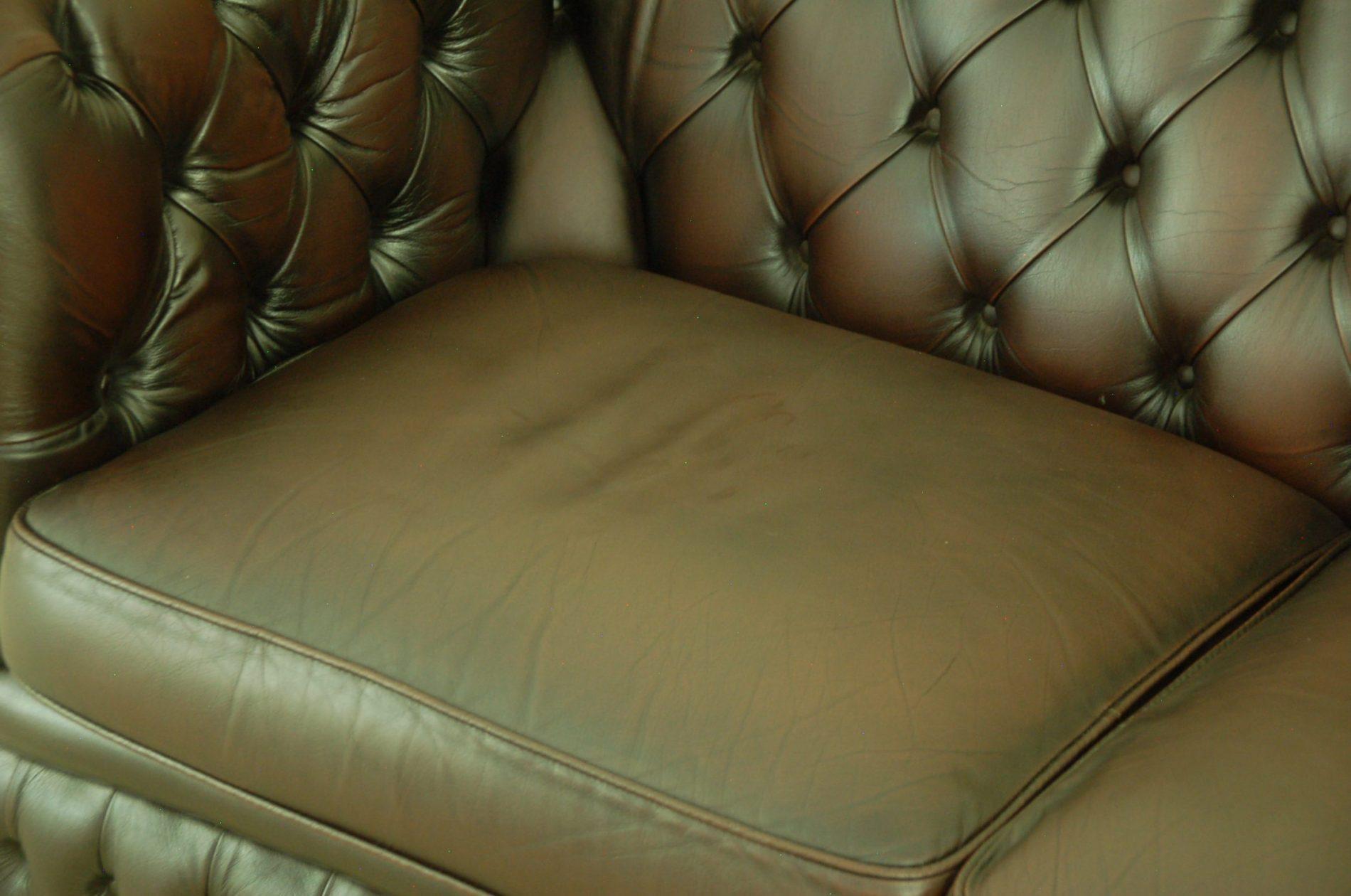 Donker bruine gebruikte chesterfield 2,5 zitter